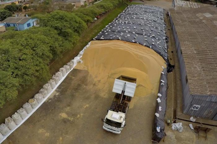 armazenagem de grãos - tipos de silo - Silos móveis