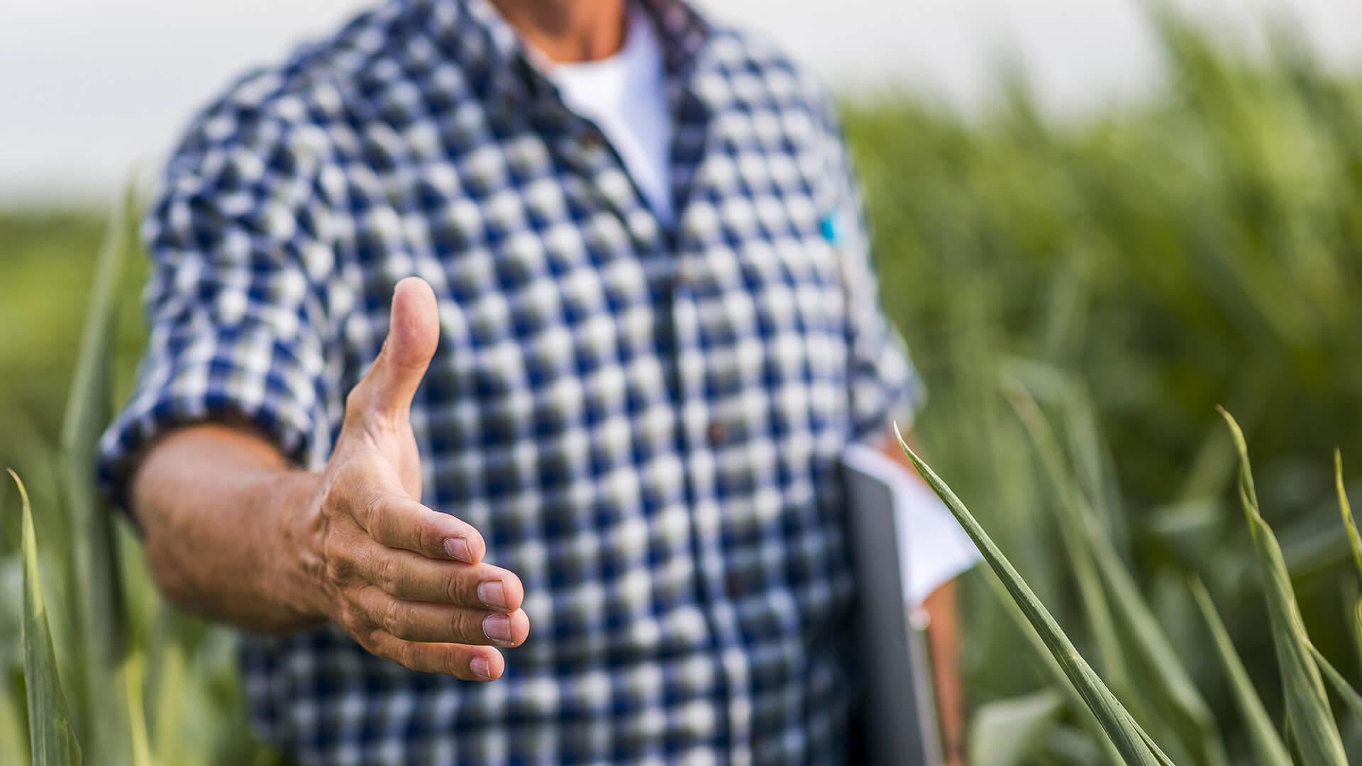 Semana do produtor rural: adquira o MyFarm com desconto através dos programas de pontos